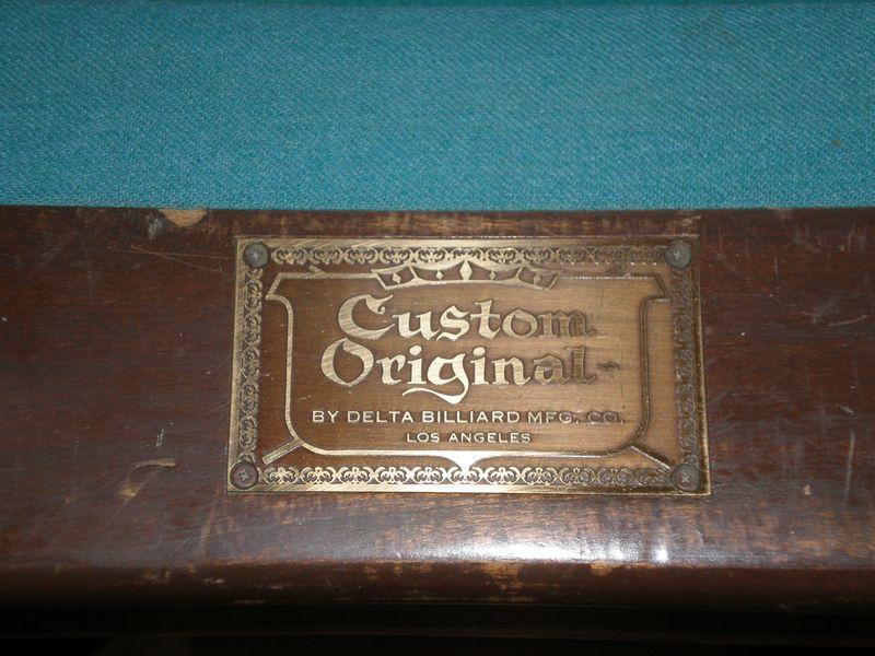 Brand plaque