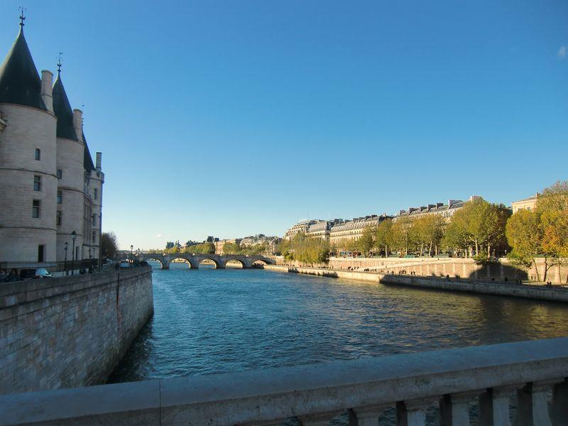 Paris 276